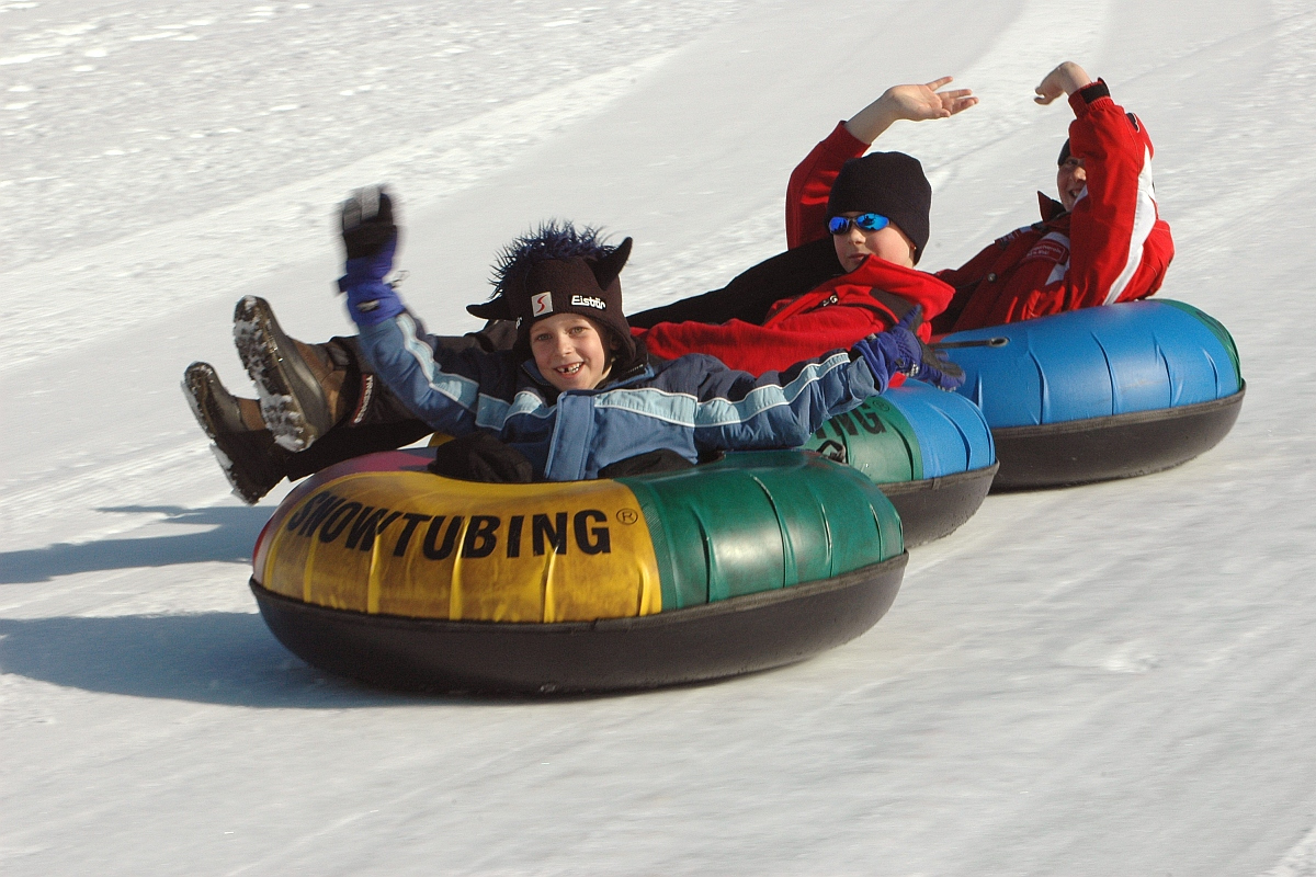 Urlaub im Chiemgau - Snowtubing ©Landenhammer